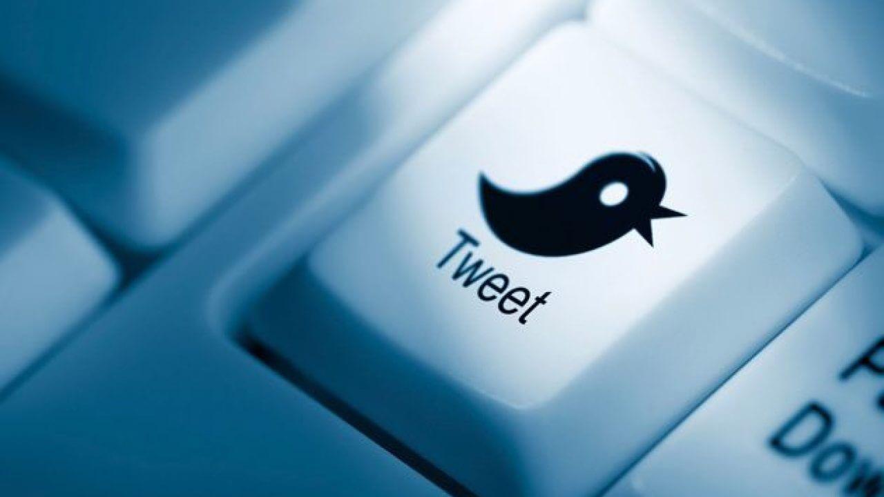 Заказать накрутку ретвитов в Twitter. Накрутка ретвитов в Твиттере. купить ретвиты Twitter. ретвитит ваш твит. Автоматические репосты в твиттере. Автоматические ретвиты в твиттере. Подписка на репосты в твиттере. FolYou.